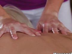Foursome lesbian pussy massage