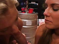 Teen girl learns to deepthroat